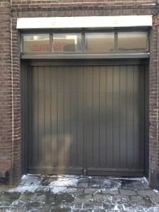 Unieke_verticale_sectionaaldeur